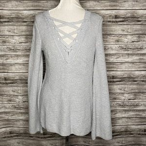NWT American Eagle Outfitters Sweater. Size M